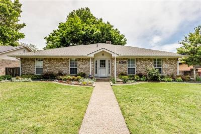Dallas Single Family Home For Sale: 7402 Bluefield Drive