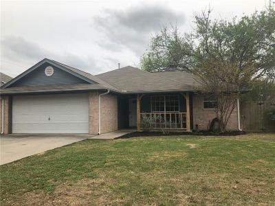 Denton County Single Family Home For Sale: 2002 Laney Drive