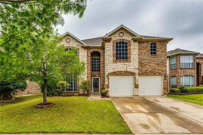 Fort Worth Single Family Home For Sale: 9933 Appletree Way