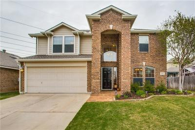 Fort Worth Single Family Home For Sale: 508 Destin Drive