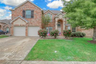 Fort Worth Single Family Home For Sale: 412 Mesa View Trail