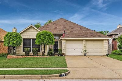 Fort Worth Single Family Home For Sale: 2816 Salado Trail