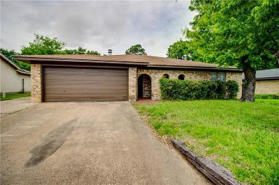 Lake Dallas Single Family Home For Sale: 5421 Prince Drive
