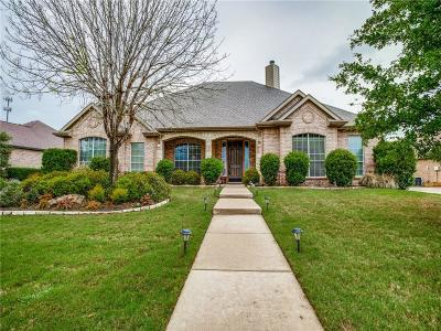 Denton County Single Family Home For Sale: 103 Indian Paint Drive
