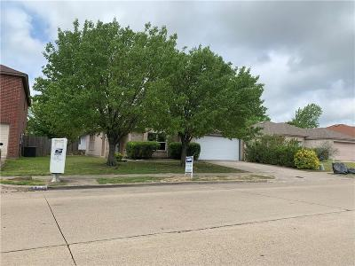 Cedar Hill Single Family Home For Sale: 540 Capricorn Street