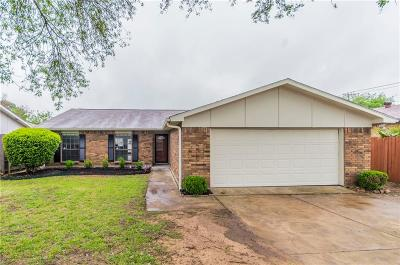 Tarrant County Single Family Home For Sale: 1337 Whittenburg Drive
