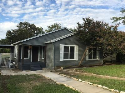 Fort Worth Single Family Home For Sale: 2109 W Lotus Avenue