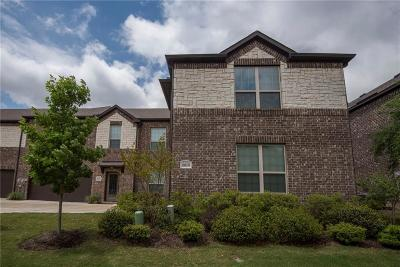 Grand Prairie Townhouse For Sale: 5019 Venecia Way