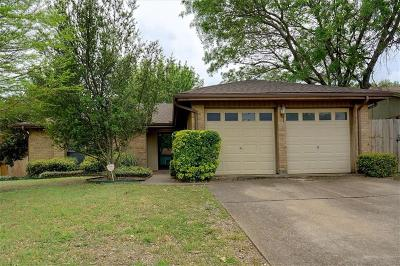 Tarrant County Single Family Home For Sale: 932 Lemontree Drive