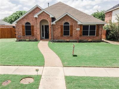 Rowlett Single Family Home For Sale: 7409 Maplewood Drive
