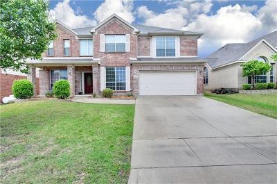Fort Worth Single Family Home For Sale: 5013 Valleyside Drive