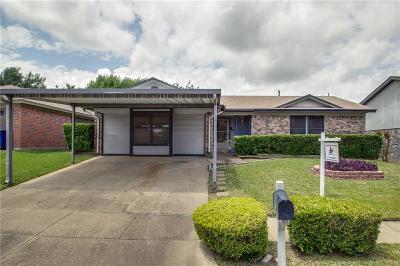 Watauga Single Family Home For Sale: 6609 Hughes Drive