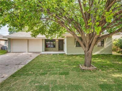 Farmers Branch Single Family Home For Sale: 3005 Cameo Lane