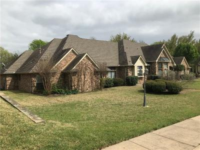 Desoto Single Family Home Active Option Contract: 1300 Cardigan Lane