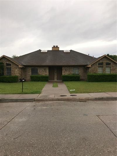 Dallas Residential Lease For Lease: 13303 Fall Manor Drive