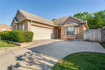 Arlington Single Family Home For Sale: 6806 Shore Breeze Court