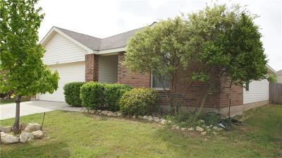 Fort Worth Single Family Home For Sale: 1025 Castle Top Drive