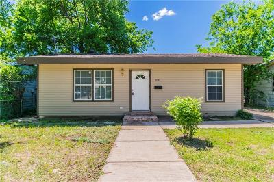 Fort Worth Single Family Home For Sale: 1174 Blalock Avenue