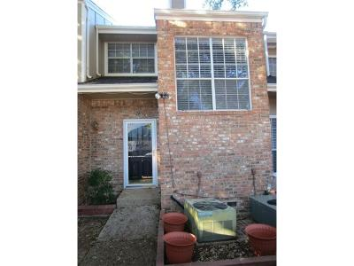 Irving Single Family Home For Sale: 2413 Southlake Court
