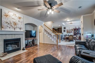 Allen Townhouse For Sale: 329 Regal Drive
