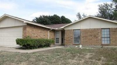 Fort Worth Single Family Home For Sale: 7404 Buttonwood Drive