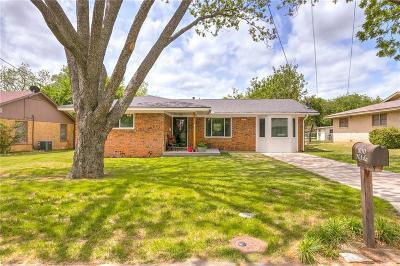 Stephenville Single Family Home Active Contingent: 1050 N Isla Street