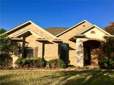 Burleson Single Family Home For Sale: 212 Woodbine Drive