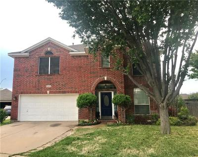Fort Worth Single Family Home For Sale: 8528 Rock Creek Drive
