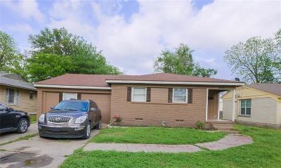 Dallas Single Family Home For Sale: 2220 Utica Drive