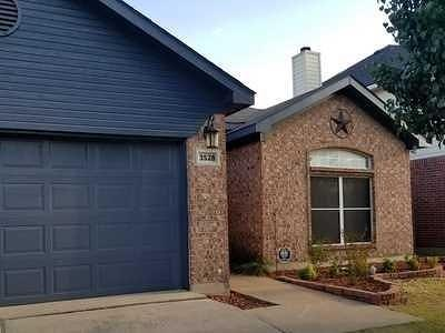 Fort Worth Single Family Home For Sale: 3528 Cripple Creek Trail