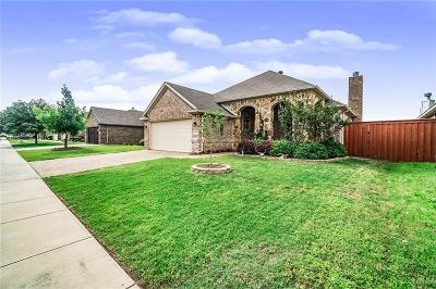 Fort Worth Single Family Home For Sale: 8260 Edgepoint Trail