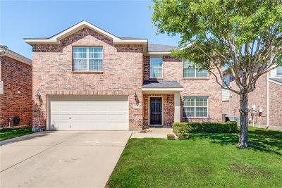Fort Worth Single Family Home For Sale: 10761 Braemoor Drive