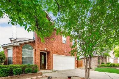 Euless Single Family Home For Sale: 801 Bridle Drive