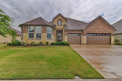 Denton Single Family Home For Sale: 9805 Lindenwood Trail