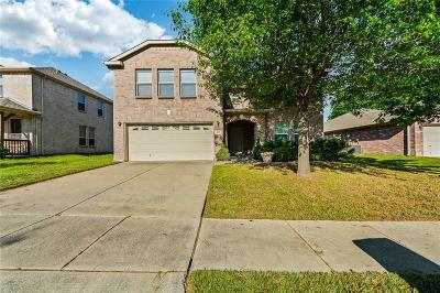 Euless Single Family Home For Sale: 405 Darlene Trail