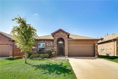 Fort Worth Single Family Home For Sale: 1820 Potrillo Lane