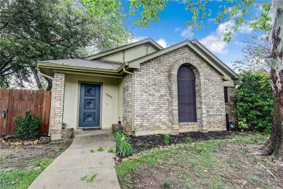 Fort Worth Single Family Home For Sale: 7224 Blackthorn Drive