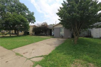 Garland Single Family Home For Sale: 705 Parker Circle