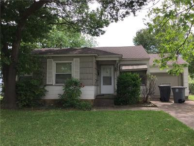Dallas Single Family Home For Sale: 2630 Poinsettia