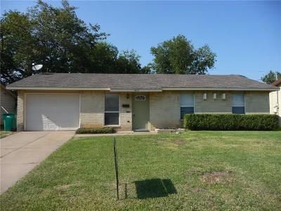 Lewisville Residential Lease For Lease: 1013 Springwood Drive