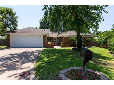 Grapevine Residential Lease For Lease: 1219 Tamarack Court
