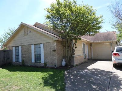 Cedar Hill Single Family Home Active Option Contract: 413 Vincent Street