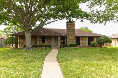 Mesquite Single Family Home For Sale: 827 Meandering Way
