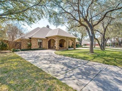 Fort Worth Single Family Home For Sale: 6717 Deep Valley Lane