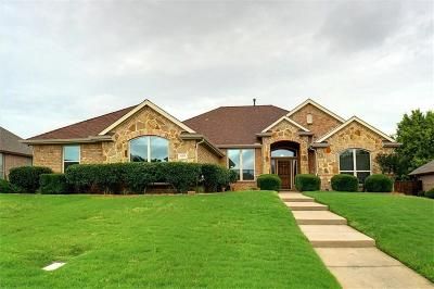 Justin Single Family Home For Sale: 105 Indian Paint Drive