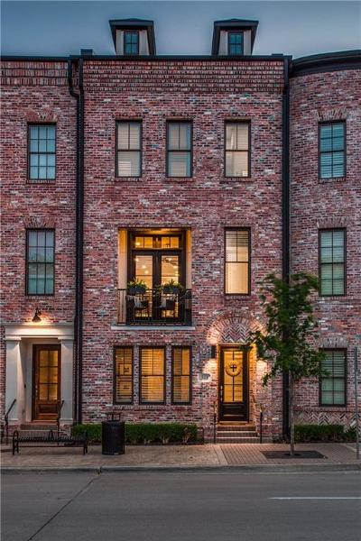 Dallas County Townhouse For Sale: 523 S Cesar Chavez Boulevard