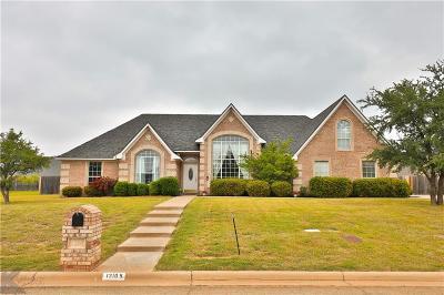 Abilene Single Family Home For Sale: 1310 Saddle Lakes Drive S