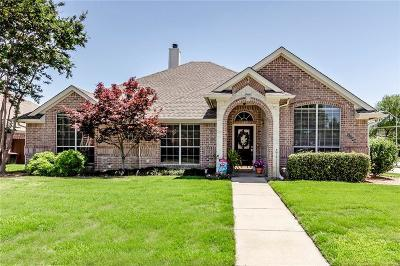 North Richland Hills Single Family Home For Sale: 7700 Chandler Court