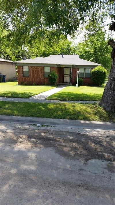Dallas Single Family Home For Sale: 3803 Malden Lane