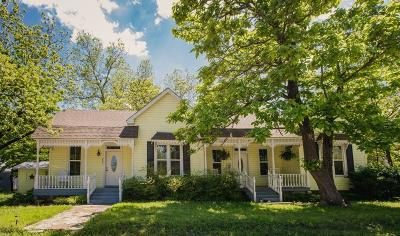 Hico Single Family Home Active Contingent: 205 W Avenue A